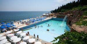 Где можно отдохнуть в Крыму недорого