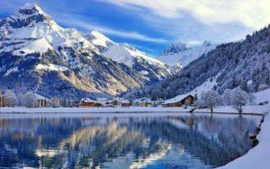 Где можно отдохнуть в декабре в России и за границей