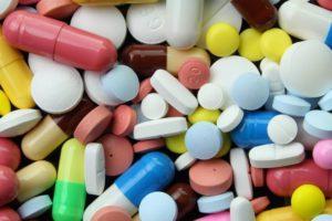 Можно ли в ручной клади провозить таблетки