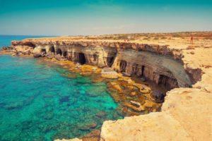 Все про переезд на Кипр на ПМЖ из России